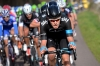 18 Luke Rowe protected Sky's Geraint Thomas at the front of the race during the final approach to the motor racing circuit.Paris Niza etapa 3 Fotos y Videos.